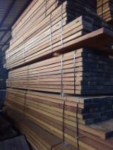 Finden Sie Holzlieferanten auf Fordaq - COURTEX-MADERAS TROPICALES S.L. - Parkettfriese, Sägefurnier, Basralocus