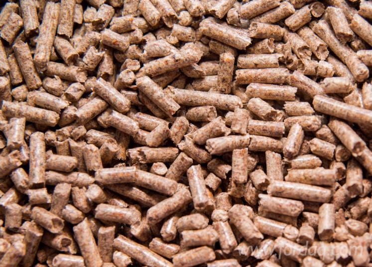 En A2 Pine Wooden Pellets, 6 mm, 15kg
