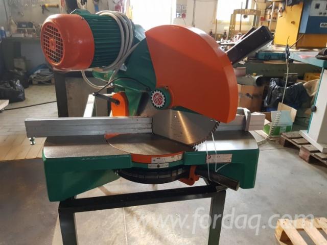 CNC Centra Obróbkowe OMS 350 Używane Włochy Na Sprzedaż