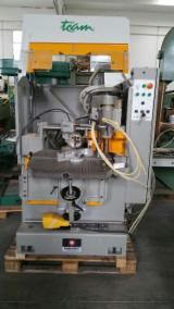 Gebraucht BALESTRINI Team Bohrmaschine Zu Verkaufen Italien