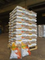 Firewood, Pellets And Residues ENplus - Wood Pellets, Red Spruce, ENplus-A2 certified