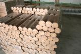 Finden Sie Holzlieferanten auf Fordaq - Safeway  Agro LLC - Birke Holzbriketts