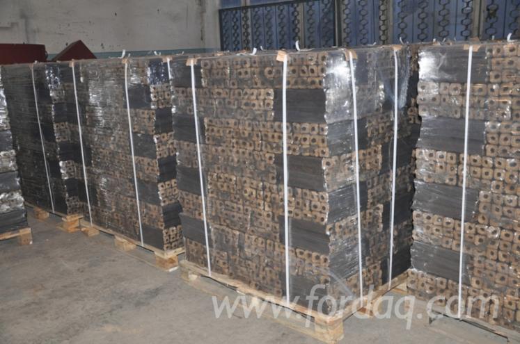 Vend Briquettes Bois Hêtre Ukraine
