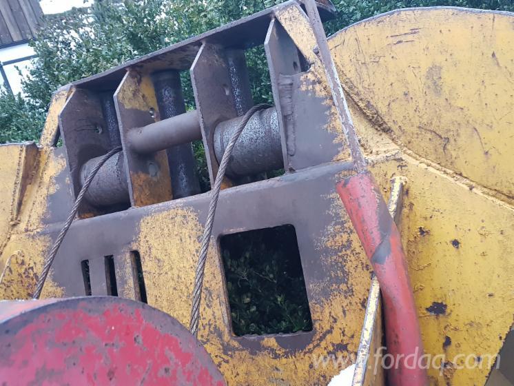 Machines et équipements d'exploitation forestière