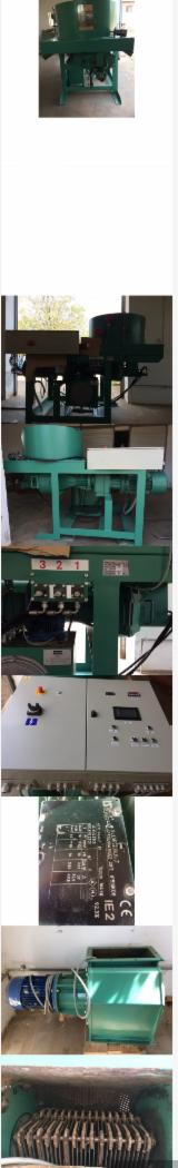 null - New Mikrom Pellet Press For Sale Romania