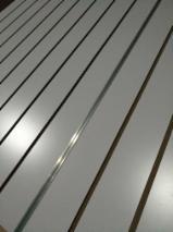 Vend Panneaux De Fibres Moyenne Densité - MDF 14-18 mm