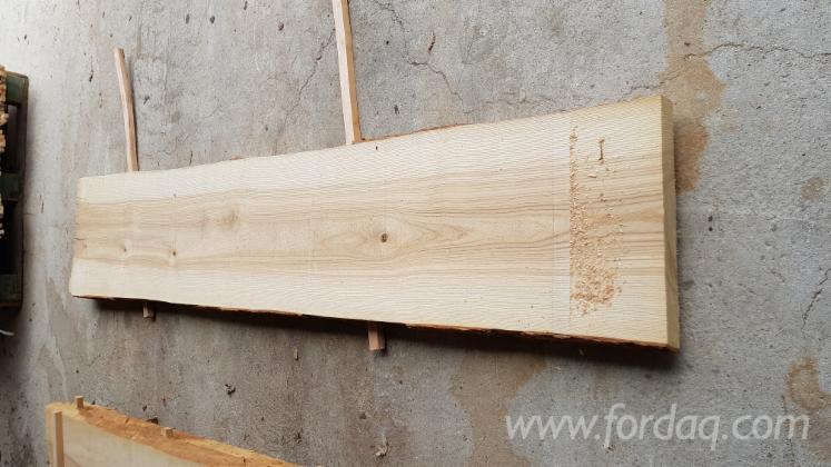 Un-edged ash lumbers