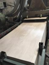 Hardwood Core Red Caobilla Plywood/Commercial Plywood/Furniture Triplay Plyboard.