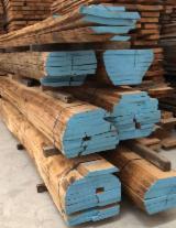 Find best timber supplies on Fordaq - Legnami Crippa s.r.l. - Oak Boules Italy.