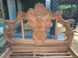 Art & Crafts/Mission Bedroom Furniture - Mahogany Victorian Style Hand Carved King Size Bed