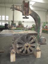 Strojevi, Strojna Oprema I Kemikalije - Tračna Pila LEGNANO 1100 Polovna Italija
