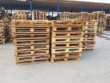 Spruce Pallets And Packaging - Recycled - Used In Good State One Way Pallet Romania