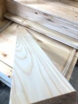 Sprzedaż Hurtowa Elewacji Z Drewna - Drewniane Panele Ścienne I Profile - Drewno Lite, Sosna Zwyczajna - Redwood, Elementy Profilowane