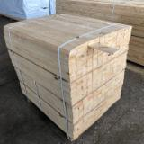 KD, Edged Spruce, Pine Timber from the Manufacturer.