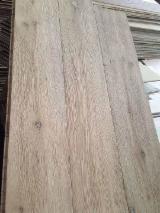 Engineered oak wood flooring, hard brush and handcraft