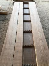 Fresh Cut Red Oak Sawn Timber