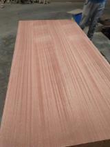 Vend Contreplaqué Décoratif (replaqué) African Rosewood, Copalier De Rhodésie 3.6; 5.2; 6; 9; 12; 15; 18 mm Chine