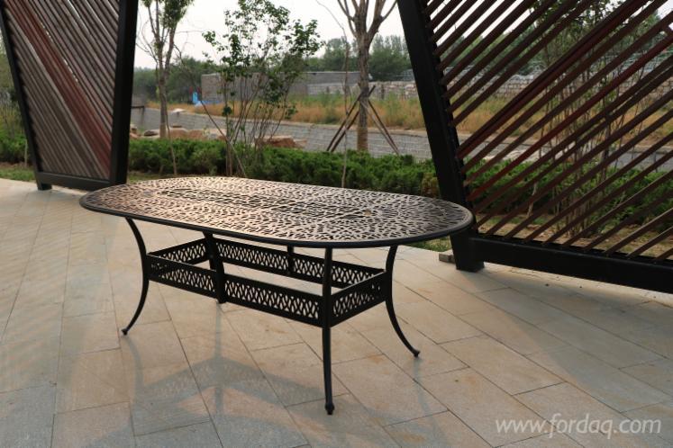 Vendo-Tavoli-Da-Giardino-Design-Altri-Materiali
