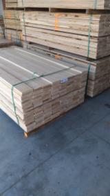 KD Beech/Oak Sawn Lumber (Edged/Unedged), 22-120 mm