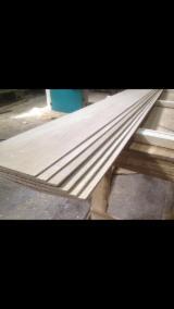 Böden und Terrassenholz - Eiche Lamelle 4,2mm x 100-300 x 1800-2500mm