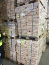 Drewno Liściaste I Tarcica Na Sprzedaż - Fordaq - Fryzy, Jesion Amerykański , FSC
