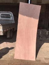 820*2050*3mm okoume plywood door skin panel