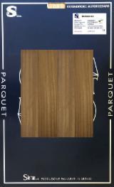 Trouvez tous les produits bois sur Fordaq - Stemau Srl - Vend Panneau Collé En Bois Massif Afrormosia 10 mm