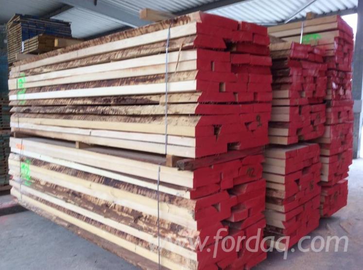 Fichtenschnittholz--unbes%C3%A4umt-