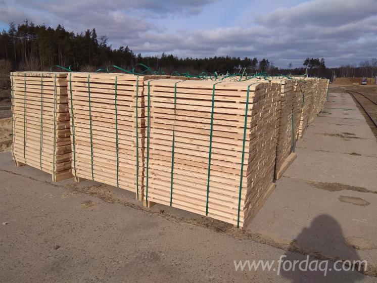 KD-Larch-Pine-Sawn-Lumber-%28Planks%29