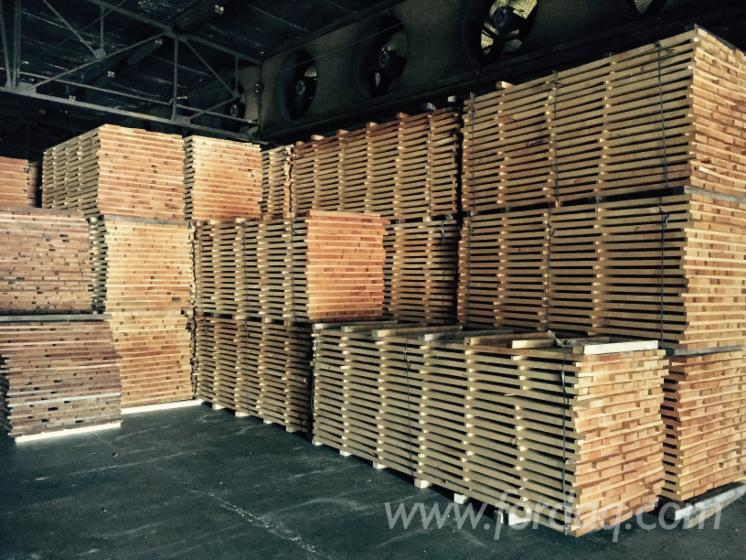 Square edged beech lumber for furniture making