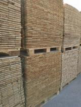 Cientos De Productores De Madera De Paleta - Fordaq - Madera para pallets Pino Silvestre - Madera Roja En Venta