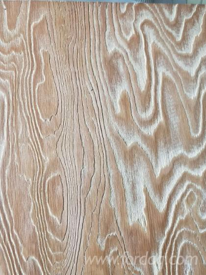 Larch Plywood with Brushed Face (indoor usage)