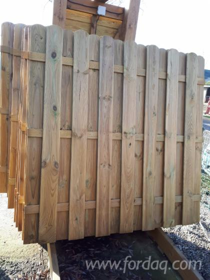 Buyer Of Pine - Scots Pine Fences - Screens Poland