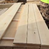 Edged birch sawn timber