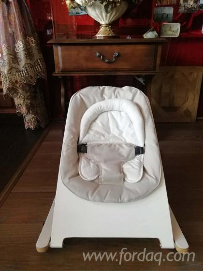 High Quality Beech Bounce Chair