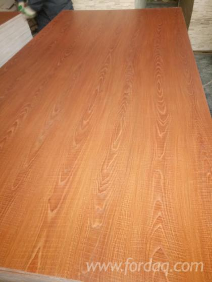 Melamine-Paper-Faced-Laminated-Plywood-with-Combi