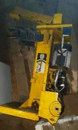 Used Power Split 1000V Wood Splitter, 2013
