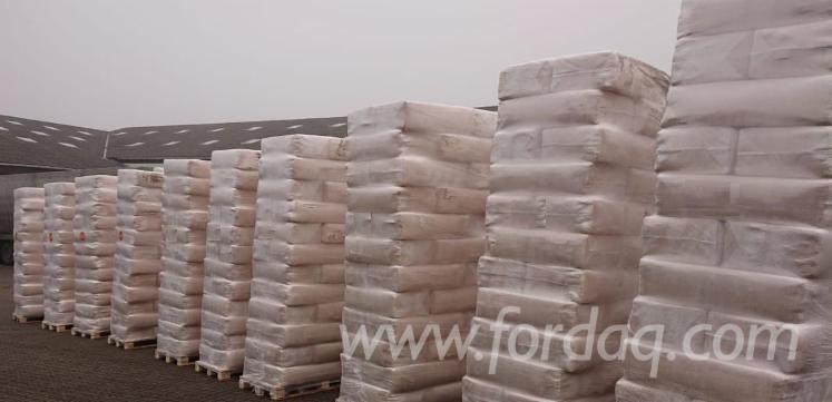 Wholesale Siberian Spruce Wood Saw Dust Italy