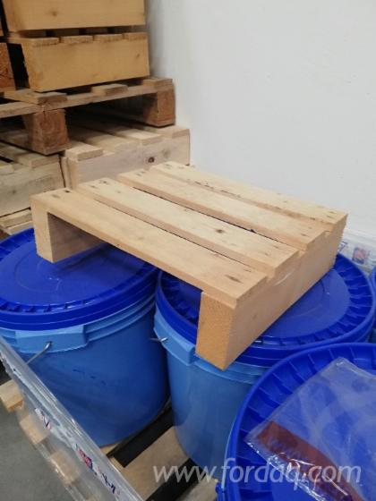 Two-Directions-Spruce-Pallet-Required