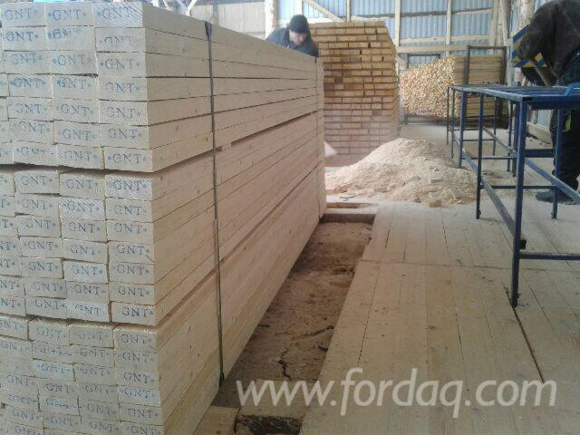KD-Russian-Spruce-Sawn-Timber