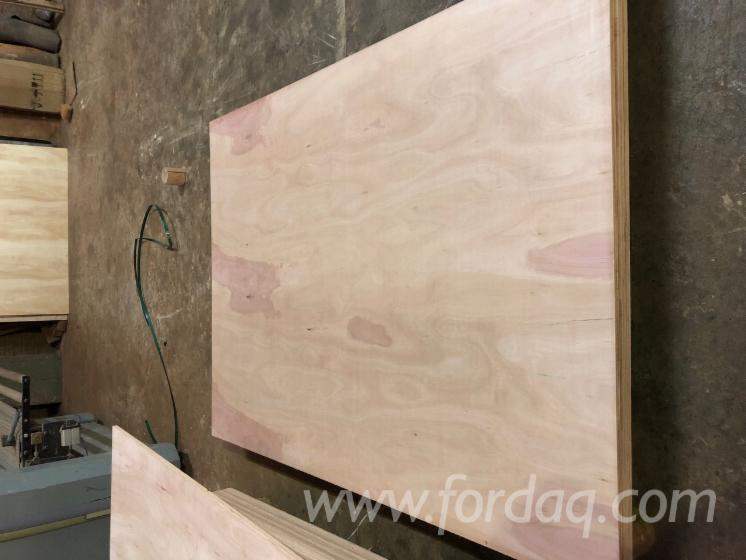 Eucalyptus-Plywood-with-CARB