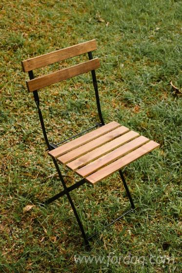 Wood-Garden-Table--Wood-Chair