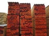 Znajdz najlepszych dostawców drewna na Fordaq - SEGHERIA GRANDA LEGNAMI SRL - Tarcica Obrzynana, Jesion Amerykański