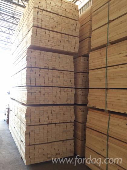 Pine Sawn Timber, 20-100 mm