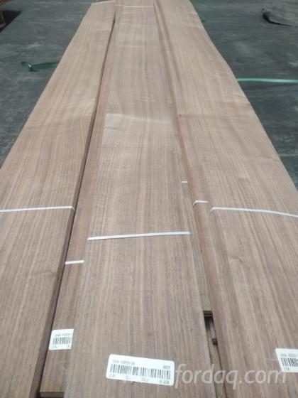 Walnut  Quarters Cut Veneer Sheets  from Direct Manufacturer