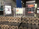null - Vend Briquettes Bois Chêne Europe