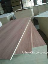 Poplar/Santos Rosewood Fancy Plywood (Furniture), 4-18 mm