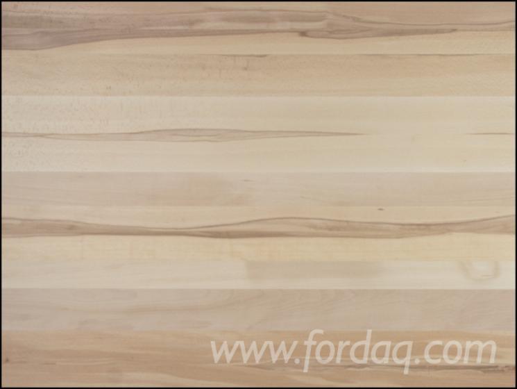 Painéis de madeira maciça
