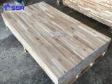 Panele Z Litego Drewna, Akacja