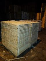 New Pine Pallets, AB Grade, 17 mm